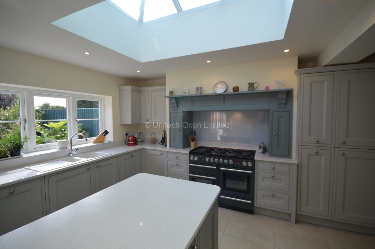 InFrame Kitchen Designs Bespoke Designer Kitchens In Oxfordshire - Soft grey kitchen