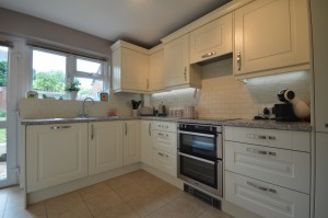 Burbidge Bloomsbury Alabaster Traditional Kitchen