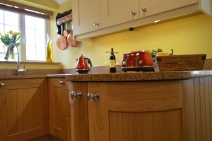 Burbidge Lansdowne Natural Oak Traditional Kitchen
