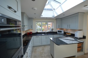 1909 Kitchens Painted Partidge Grey Traditional In-Frame Kitchen