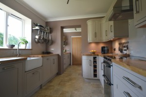 Burbidge Petworth Painted Hessian Traditional In-Frame Kitchen